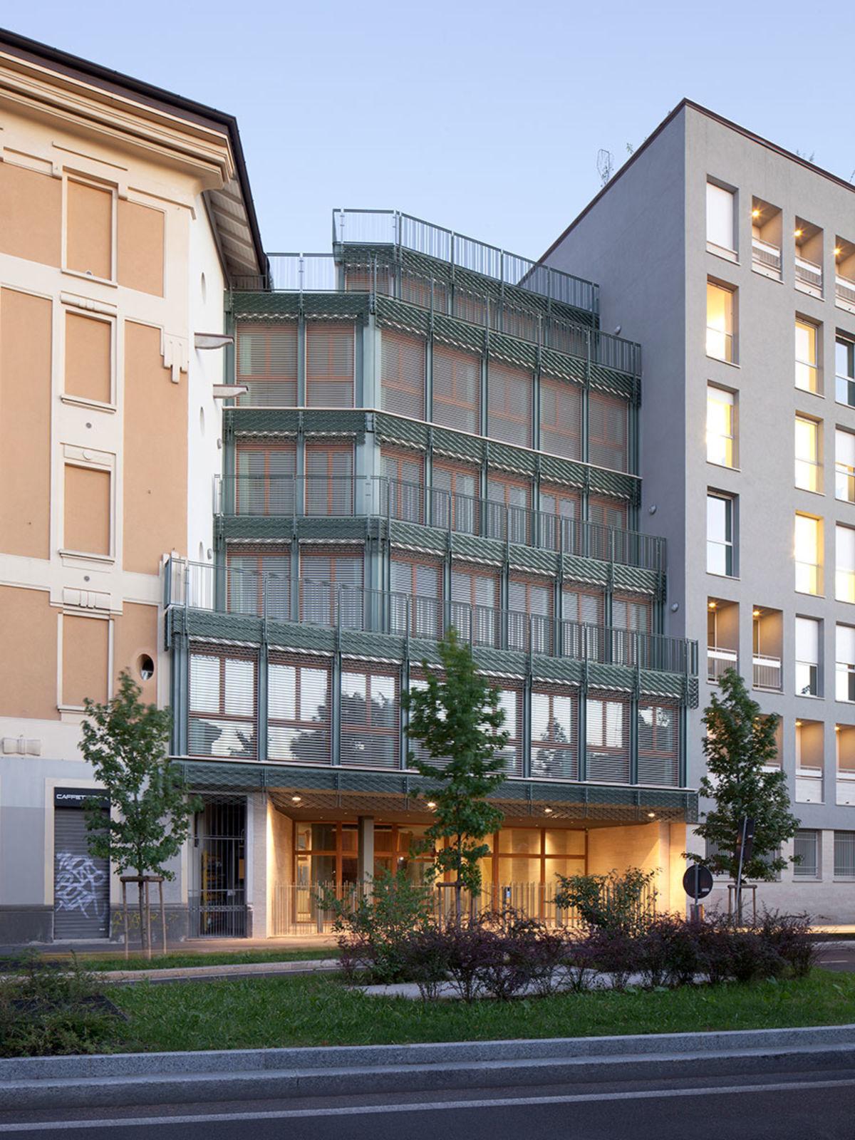 Colori In Luce Correggio giacomo polin, marco dapino · complesso di tre edifici a