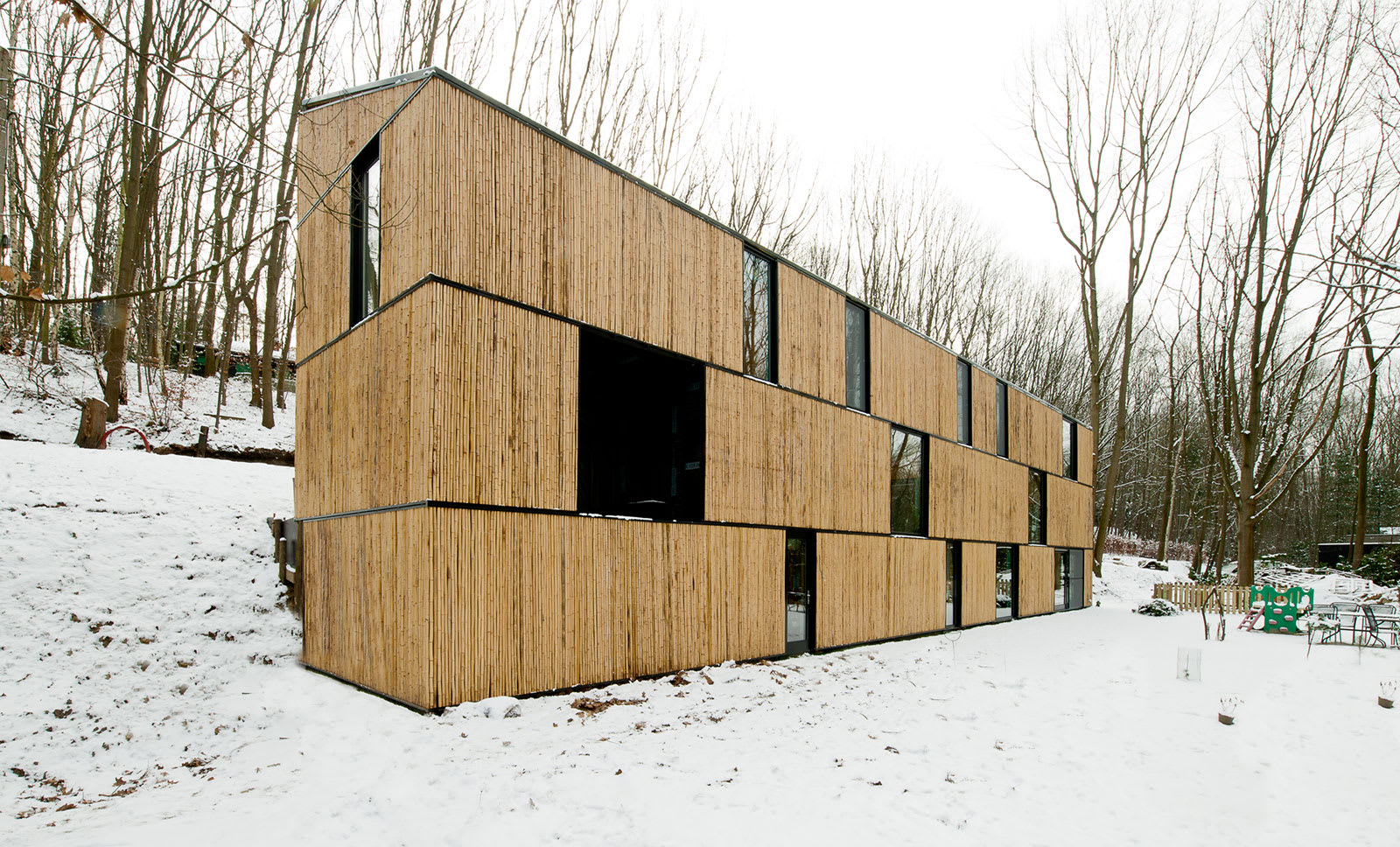 AST 77 Architecten, Steven Massart · Low energy bamboo house · Divisare
