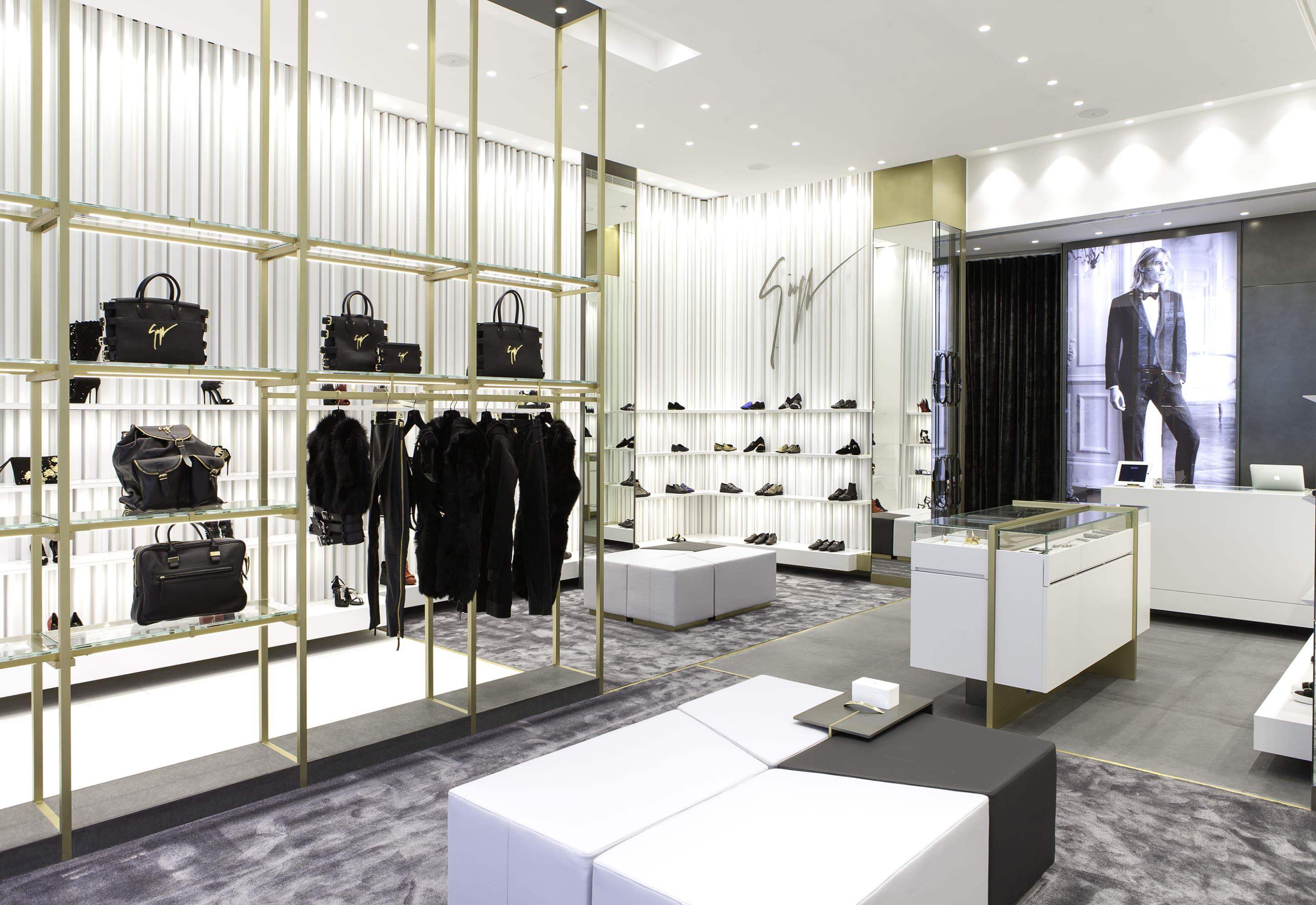 NUOVOSTUDIO · Giuseppe Zanotti Boutique