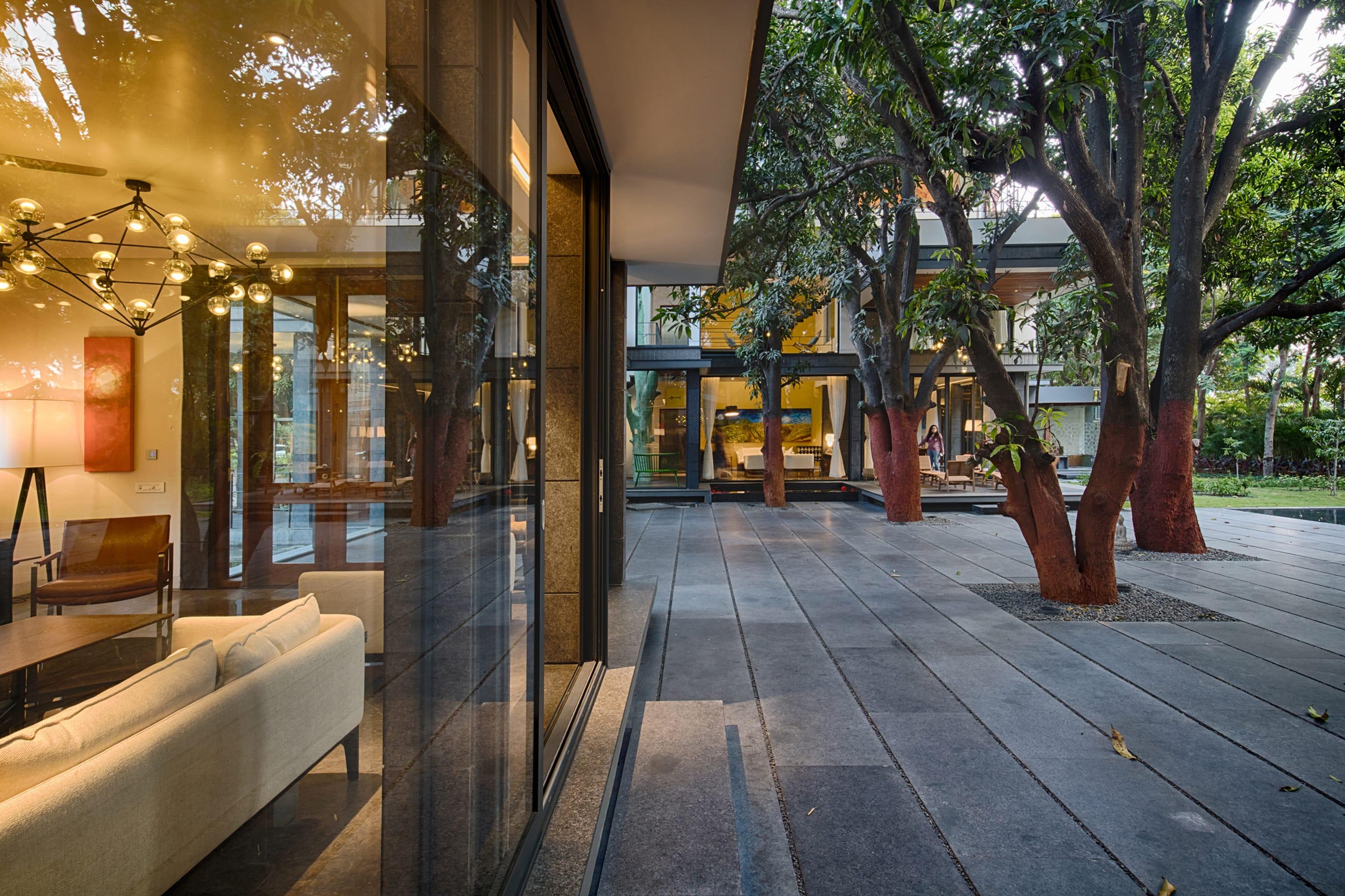 Kinny Soni & Ujjval Panchal · The Mango Tree House, Bhopal