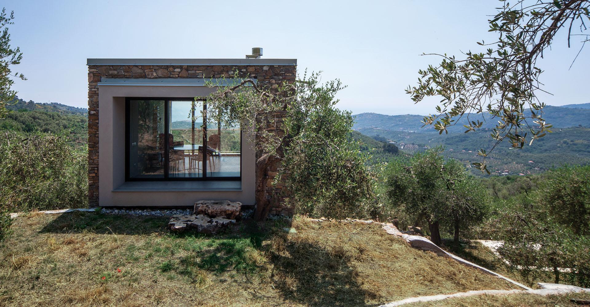 Illuminazione Per Casa Al Mare studioata, beppe giardino · la casa tra gli ulivi · divisare