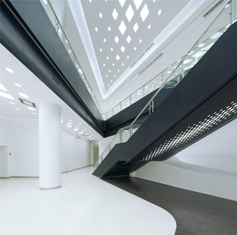 Zaha Hadid Architects, GD Lighting Design, SHU He · 2nd Nanjing Youth  Olympic