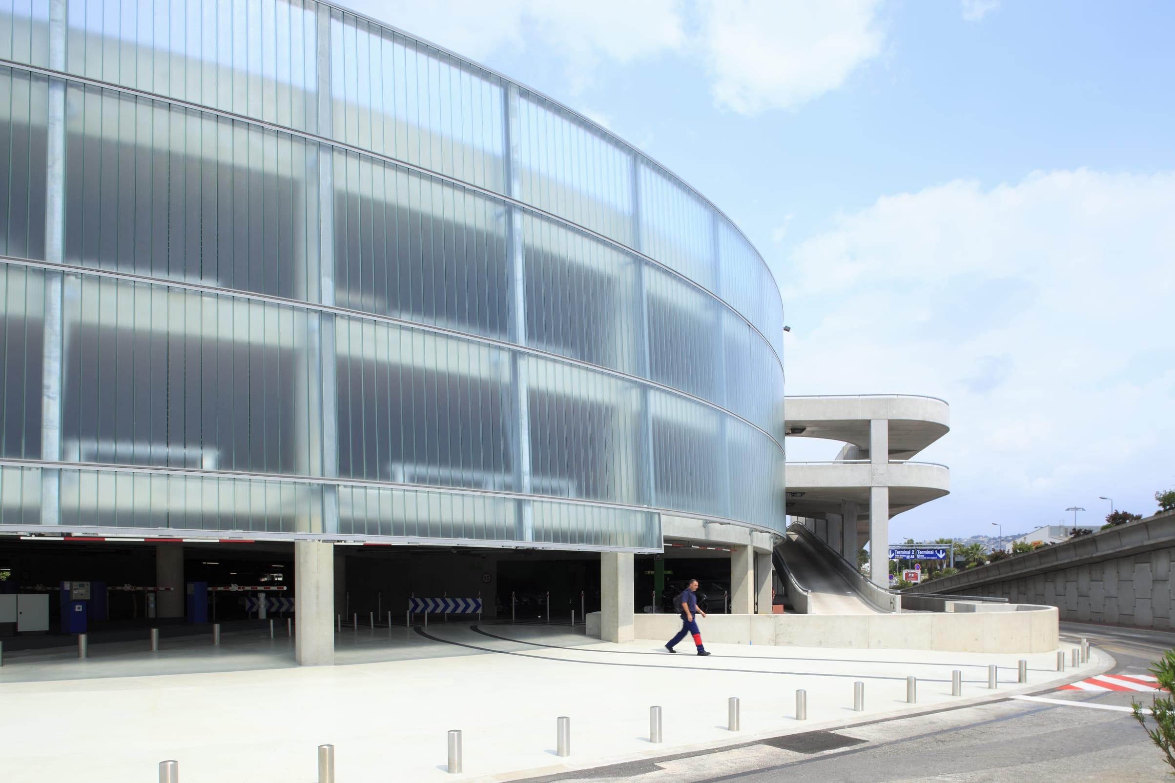 Marc Barani Architecte, Serge Demailly · Parking Aéroport de