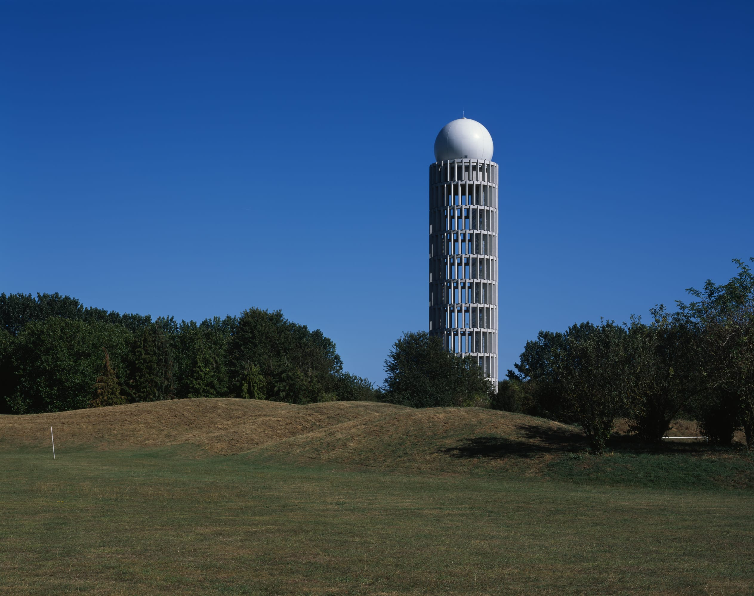 Architecte La Varenne St Hilaire barthélémy griño architectes, hélène binet · radar tower