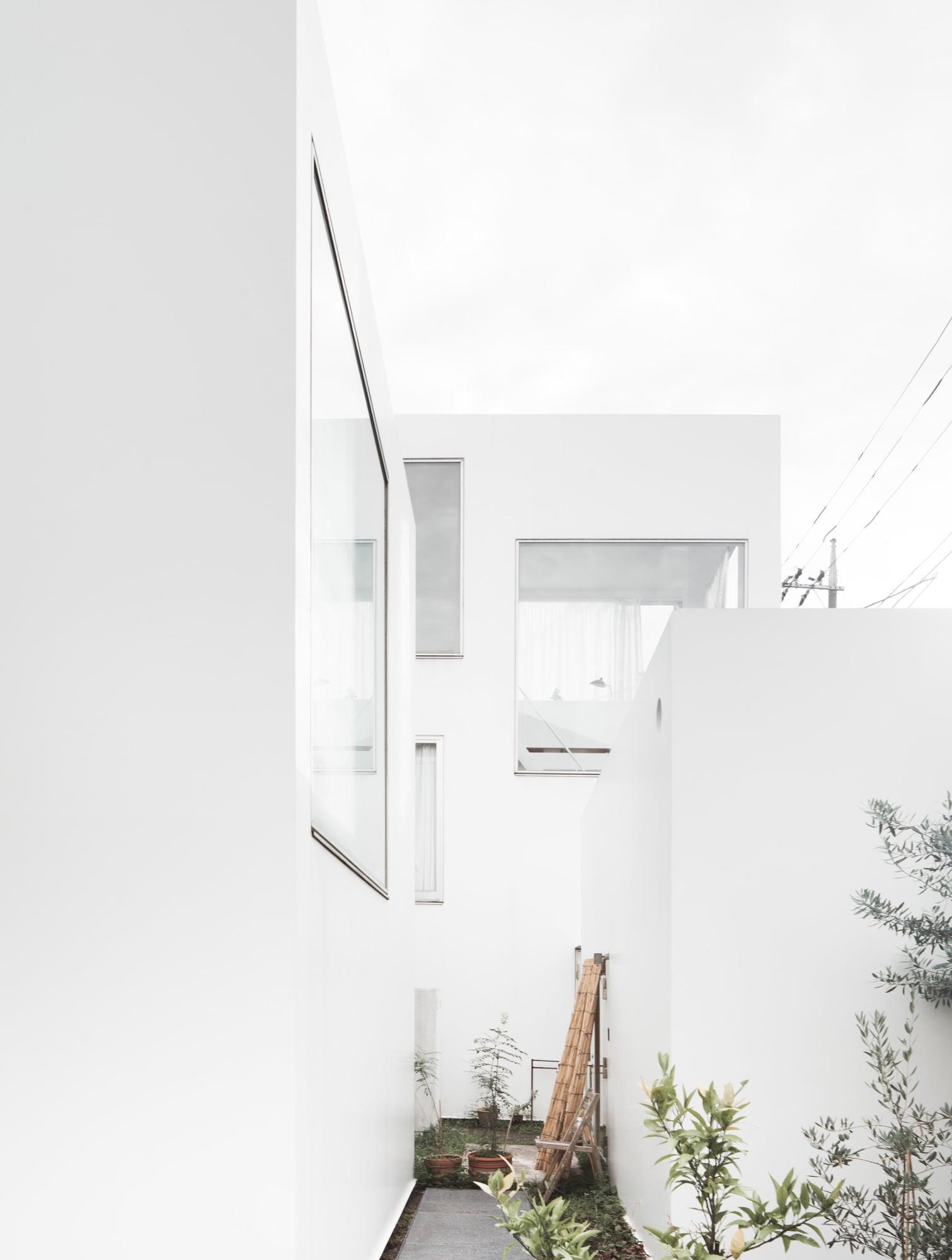 Picture of: Sanaa Kazuyo Sejima Ryue Nishizawa Jeroen Verrecht Moriyama House Divisare