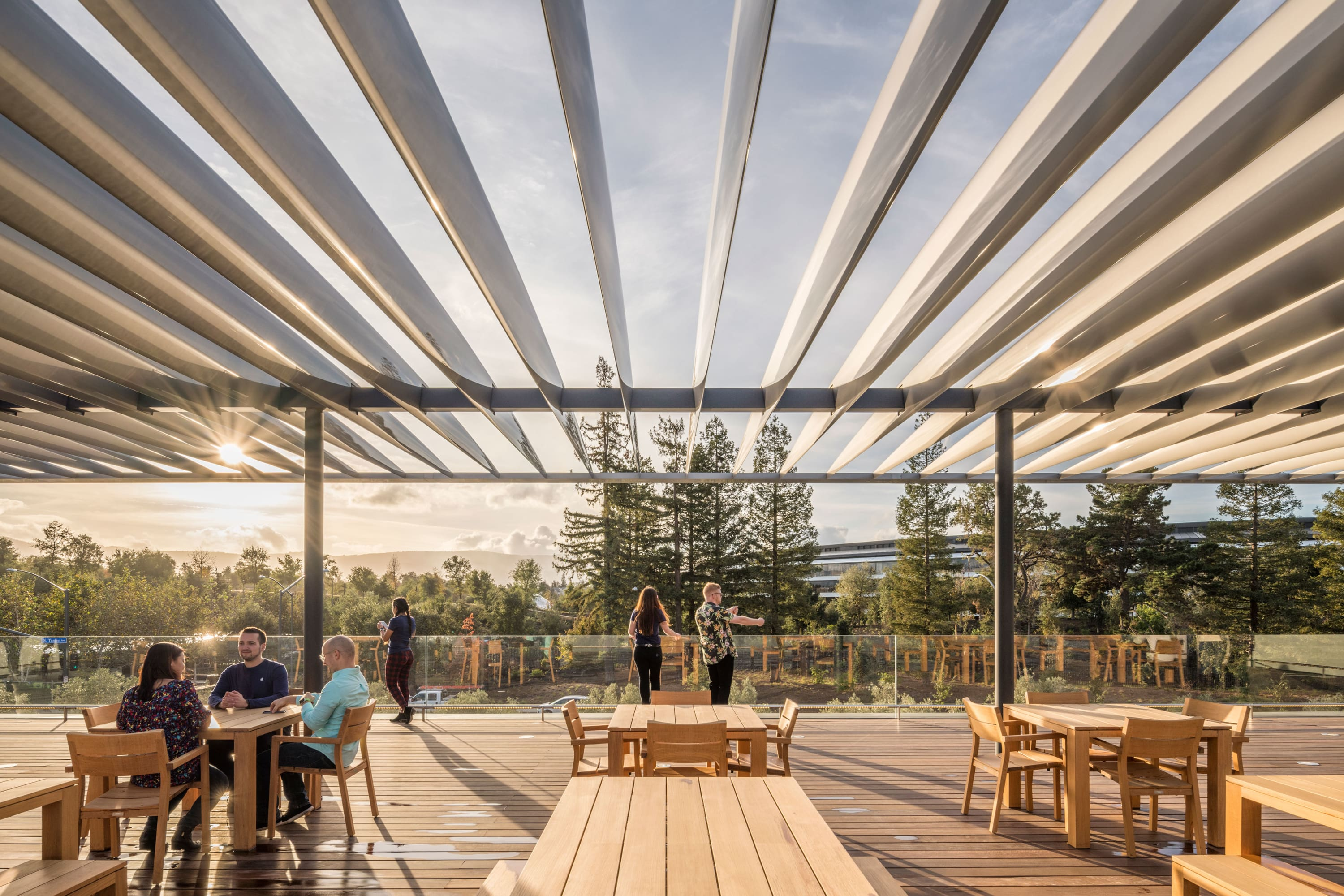 Foster + Partners, Nigel Young · Apple Park Visitor Center