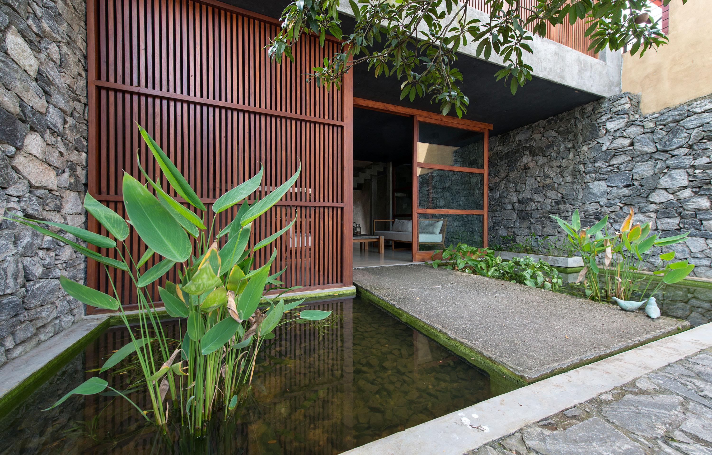 Palinda Kannangara Architects Sebastian Posingis Linear House At Battaramulla Divisare