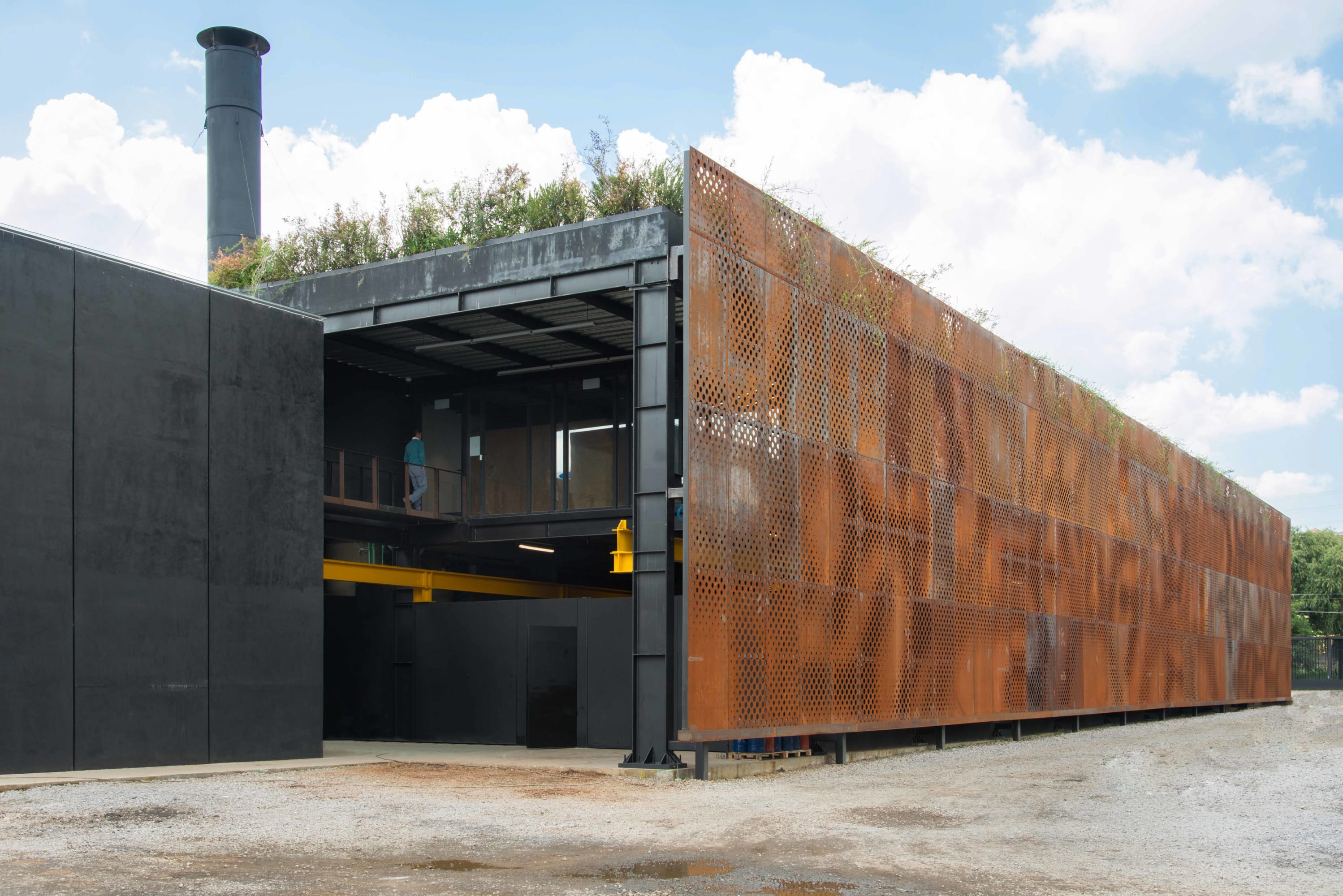 Vieyra Arquitectos · Plant and Offices Doxsteel