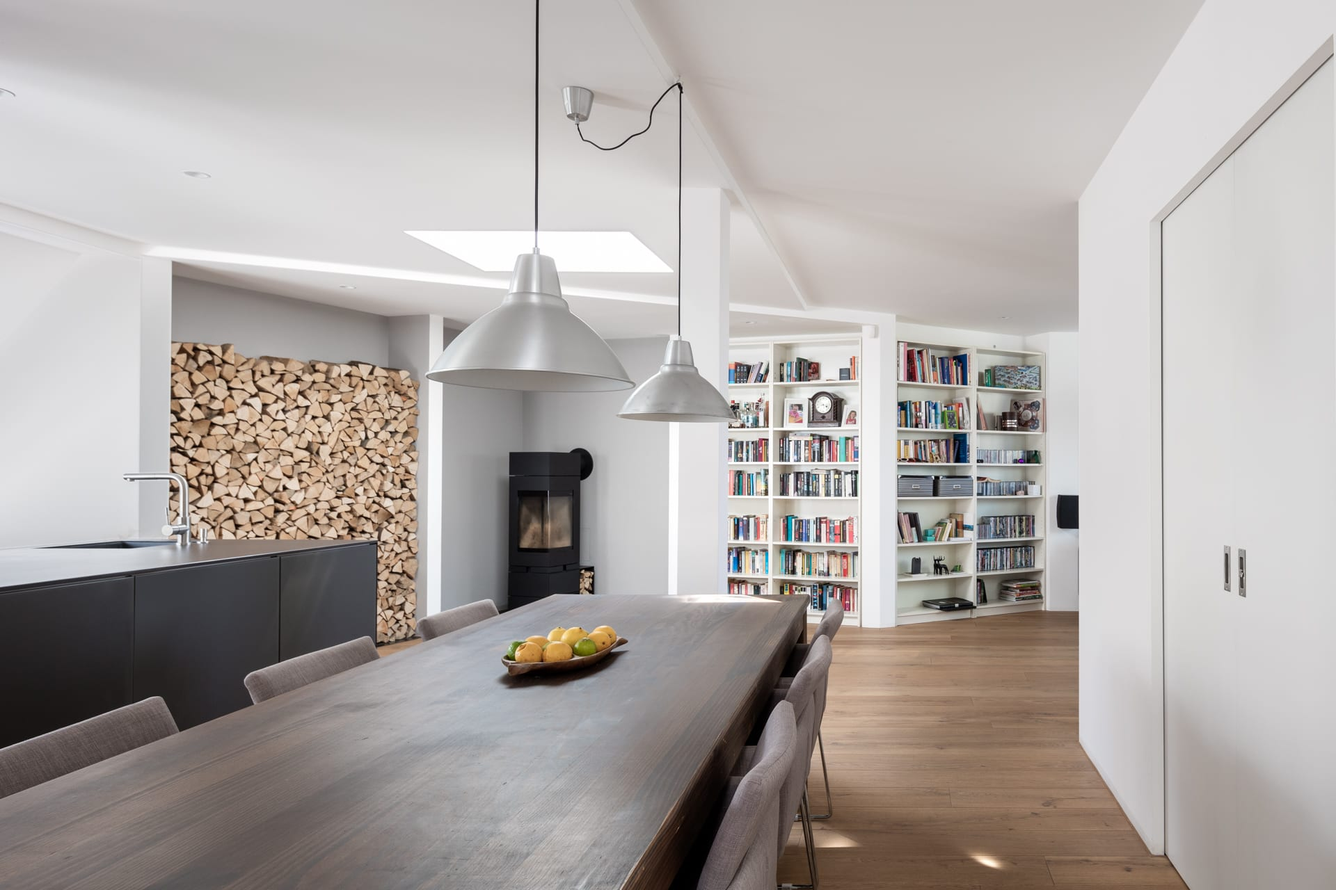 Fine Robert Beyer Architekten Klemens Renner Apartment R Beutiful Home Inspiration Cosmmahrainfo