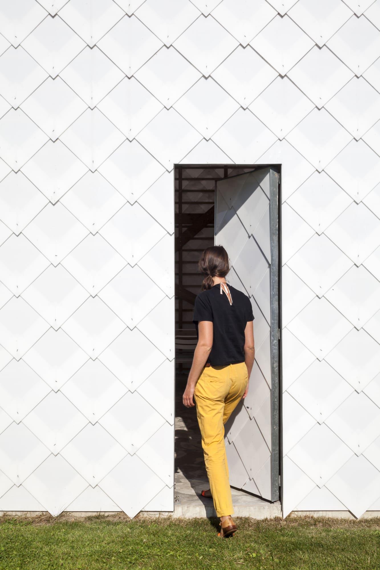 Atelier Janda Vanderghote Tim Van De Velde A Newly Drawn Courtyard Divisare