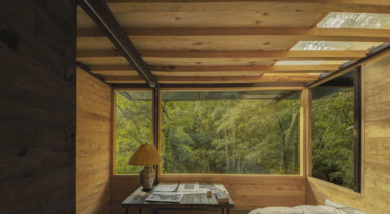 Studio La Rosa Palermo talleresque, studio chirika · floating house · divisare