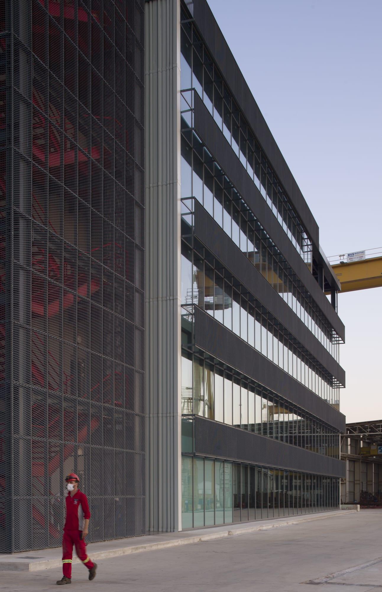 Cm Architecture Cemal Emden Gemak Shipyard Administration Office Divisare
