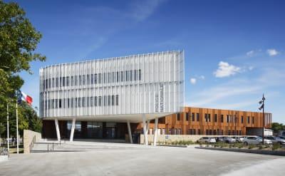 92c7ebaed69 Ameller, Dubois & Associés · La Rochelle Police headquarters