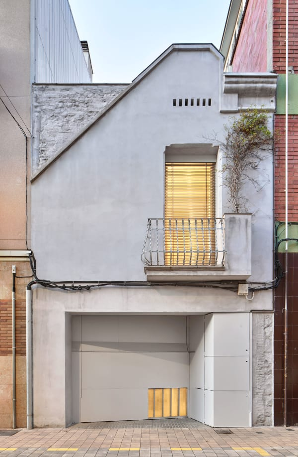 Narrow Urban Houses · A collection curated by Divisare