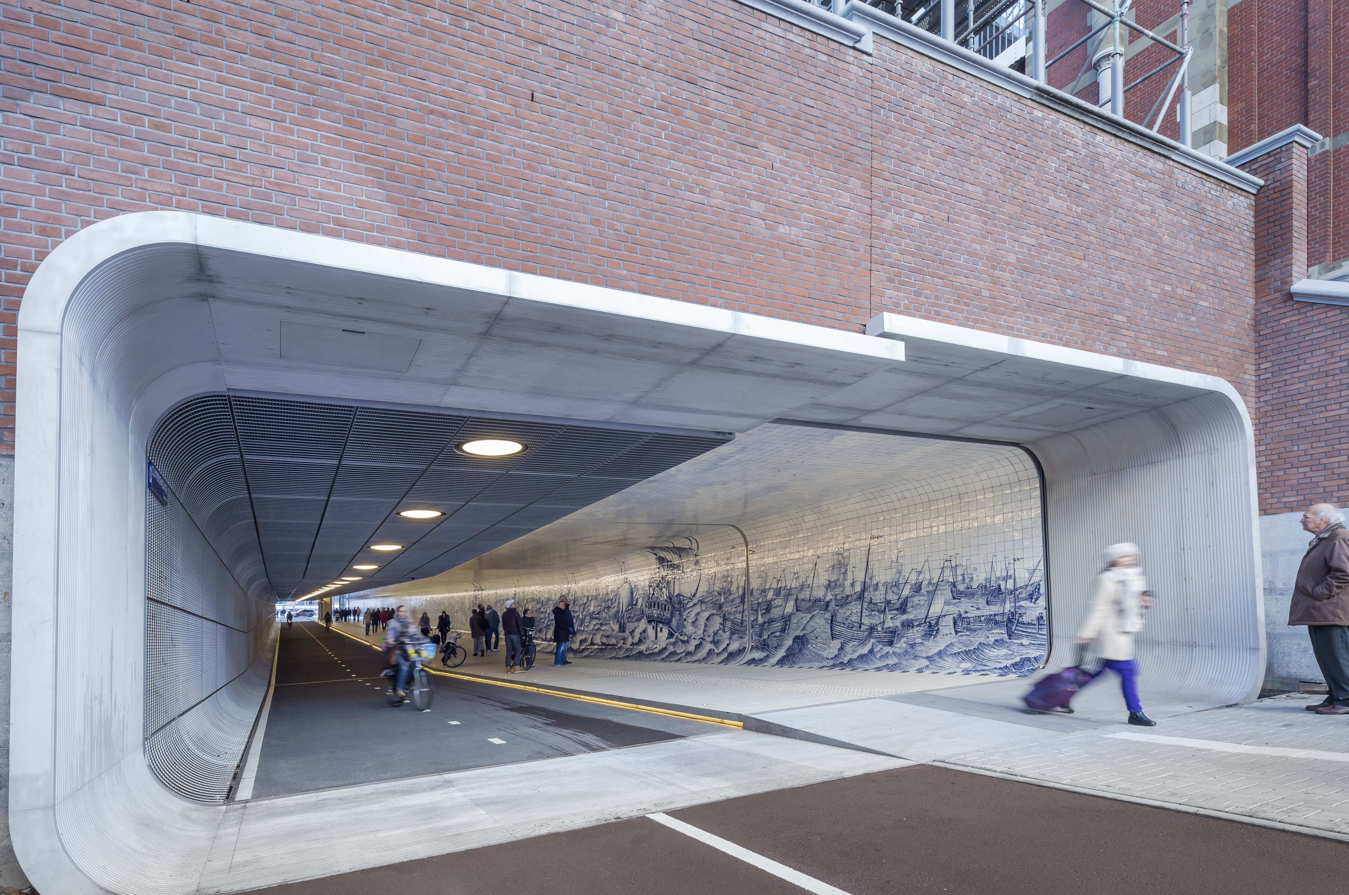 Benthem Crouwel Architekten > Cycle and pedestrian at